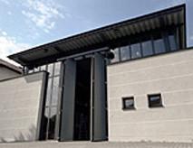 Grosse Halle für RayScan Anlagen