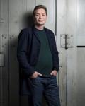 Portraitfoto von Oliver Pötzsch