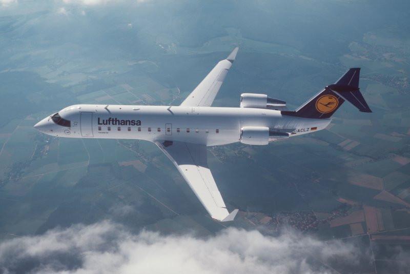 Bild des Lufthansa Jet namens Meersburg in der Luft.