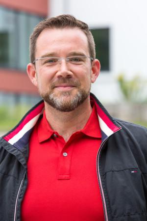 Portrait des Gemeinderat Mitglieds Doktor Boris Mattes.