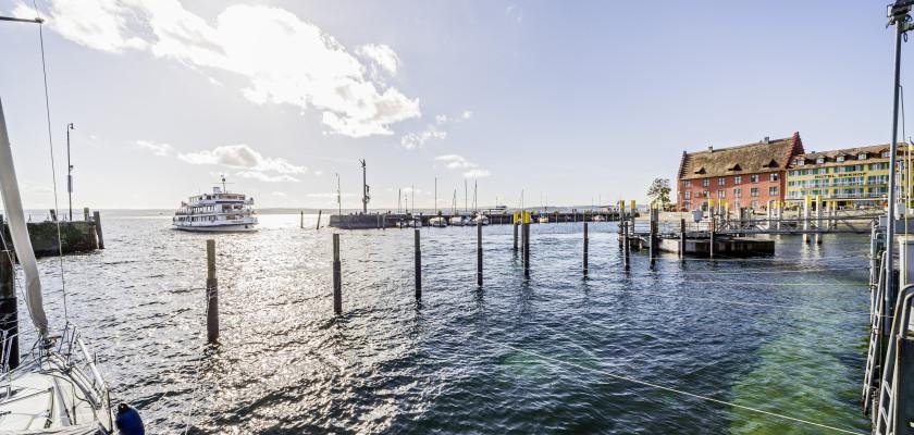 Hafenbecken in Meersburg