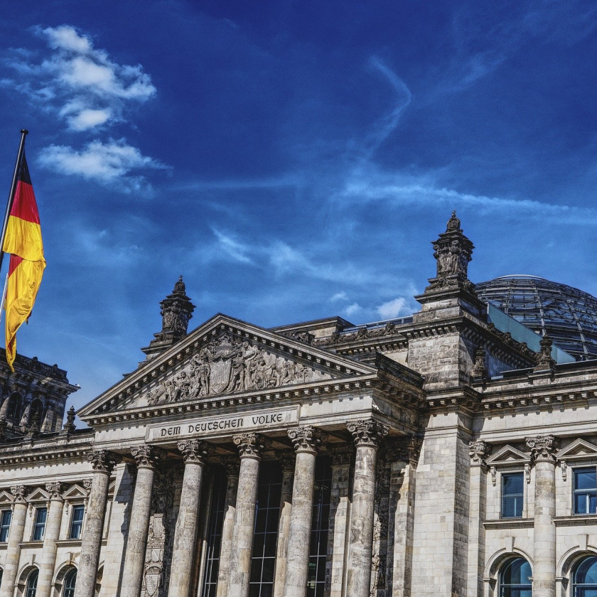 Fotografie des deutschen Bundestagsgebäude.